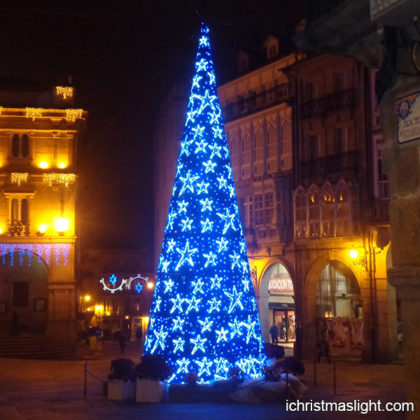 Creative big blue cool Christmas tree ideas