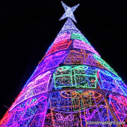 Lighted tall Christmas trees manufacturer