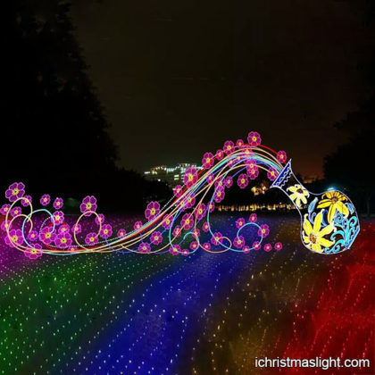 Outdoor commercial grade christmas lights