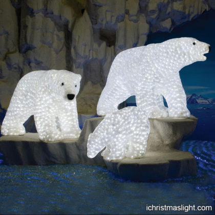 Light bear statue for outdoor garden decor